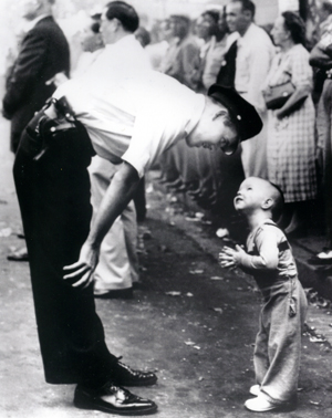 Pulitzer-prize-winning photograph taken in 1957 by William Beall of MPD Officer Maurice Cullinane